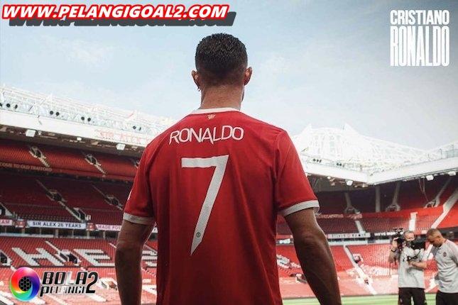 Van De Sar Jedag-Jedug Melihat Ronaldo Saat Ini Di Mu